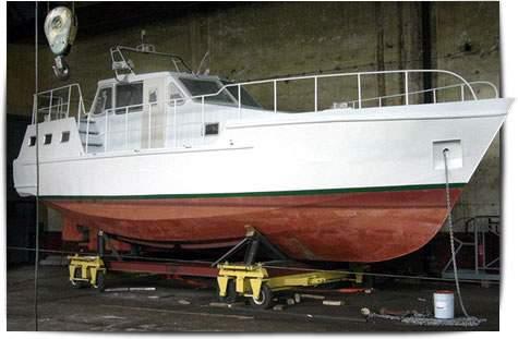 Охтинская верфь яхта